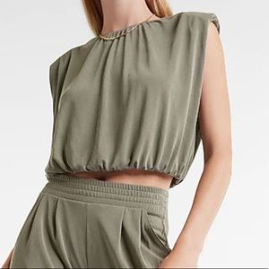 NWT Silky Suede Jersey Cropped Top Size Medium
